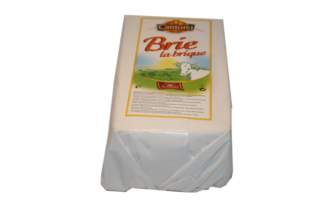 "Brie ""Cantorel"" 1,1 kg Rectangular"